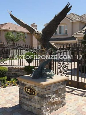 Reigning Sky bronze sculpture of eagle monument for public art