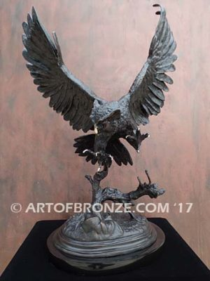 Owl French sculptor Moigniez flying owl sculpture for art collector
