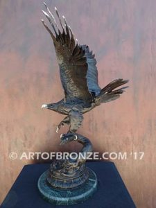 Eagle III French sculptor Moigniez flying eagle sculpture corporate gift or award